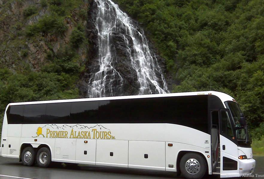Deluxe Motorcoach