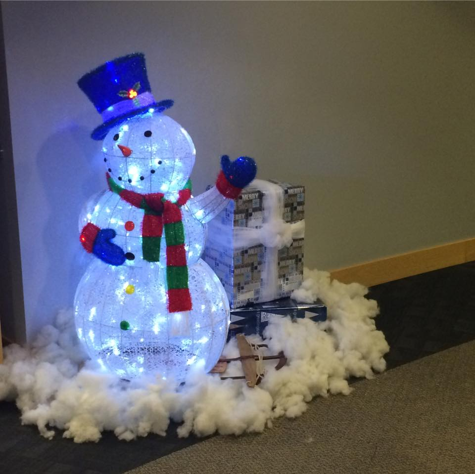 Office Holiday Party Decoration