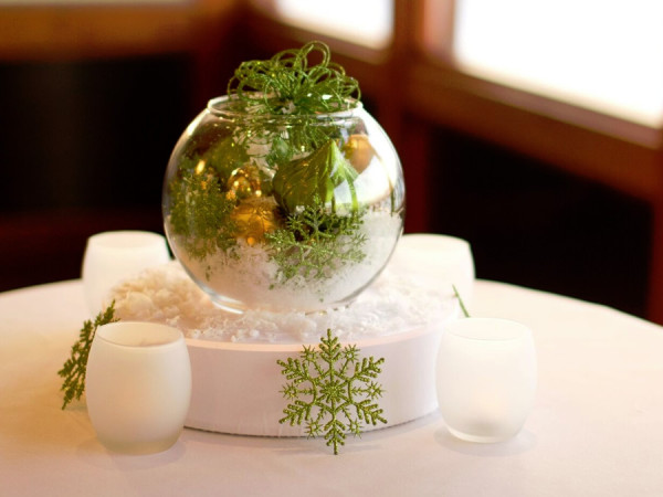 Green and Gold Holiday Round Vase