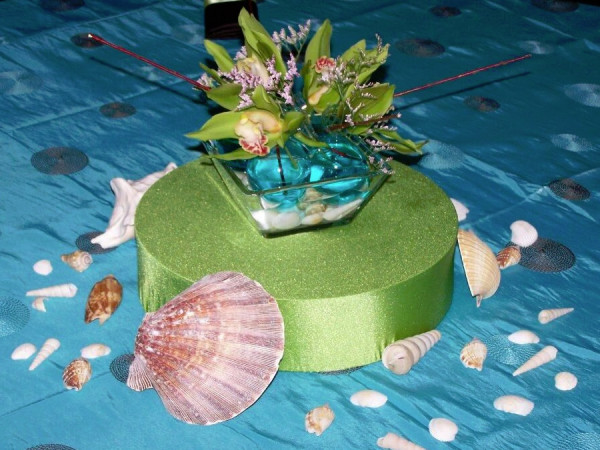 Hawaiian Short Decor Bubble Vase with Shells