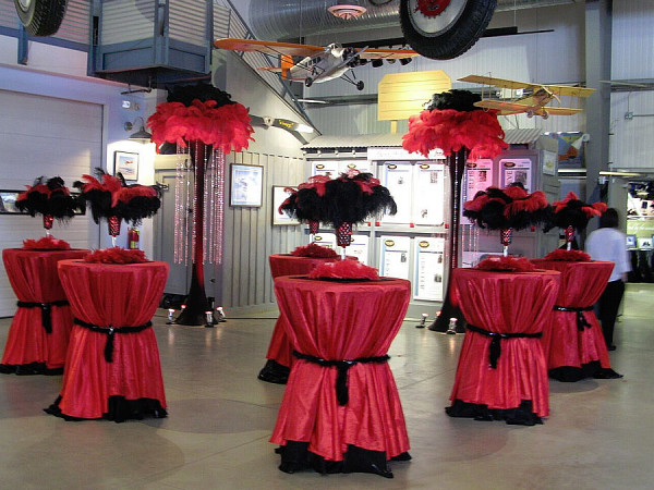 Vegas Themed 8′ Feather Tower and Hurricane Votives